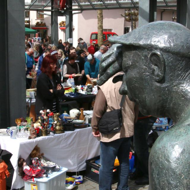 Familienflohmarkt unterm Stephansdachstuhl